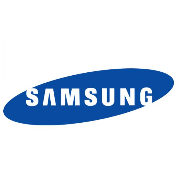 Felipe Fonseca como locutor para a Samsung Techwin America.