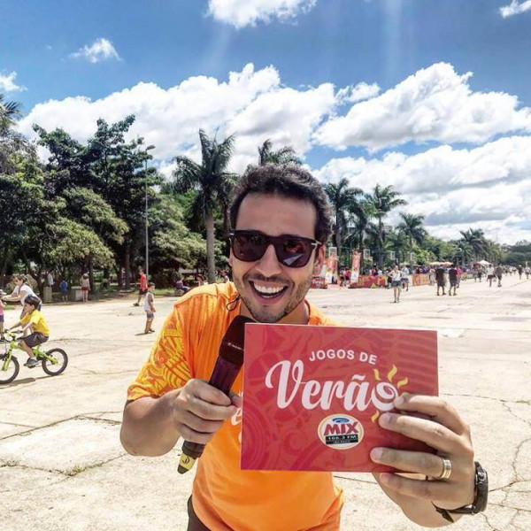 Felipe Fonseca apresenta os Jogos de Verão 2019 da Rádio Mix.