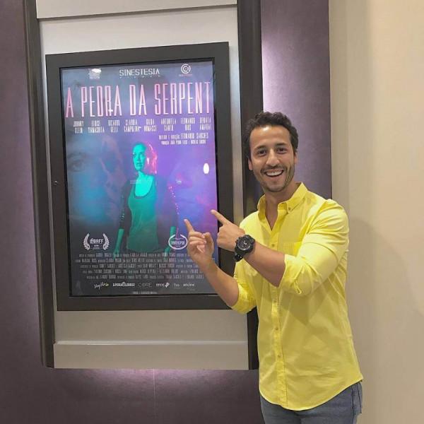 O ator Felipe Fonseca estreia no cinema com o filme A Pedra da Serpente de Fernando Sanches.