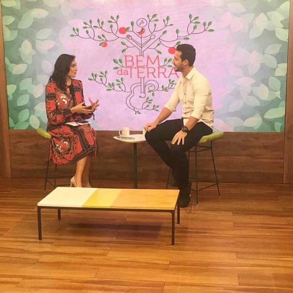 Felipe Fonseca é entrevistado por Renata Maron no programa Bem da Terra do canal Terraviva da Band.